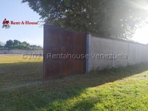Terreno En Ventaen Guacara, Yagua, Venezuela, VE RAH: 21-27296