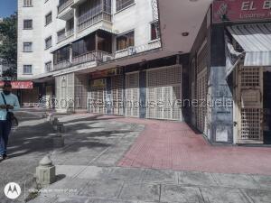 Local Comercial En Alquileren Caracas, Sabana Grande, Venezuela, VE RAH: 21-27276