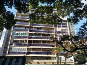 Apartamento En Ventaen Caracas, Colinas De Bello Monte, Venezuela, VE RAH: 21-27427