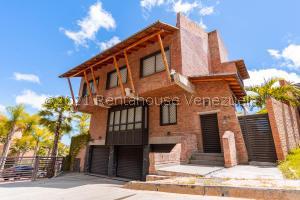 Casa En Ventaen Caracas, Alto Hatillo, Venezuela, VE RAH: 21-15355