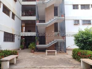 Apartamento En Alquileren Maracaibo, Cuatricentenario, Venezuela, VE RAH: 21-27327