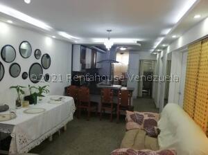 Apartamento En Ventaen Caracas, El Valle, Venezuela, VE RAH: 21-27366