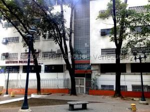 Consultorio Medico  En Ventaen Caracas, La Candelaria, Venezuela, VE RAH: 21-27402