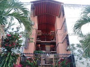 Apartamento En Ventaen Guarenas, Nueva Casarapa, Venezuela, VE RAH: 21-27434