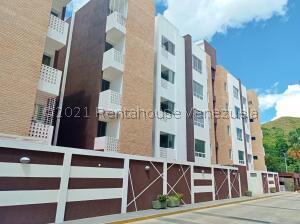 Apartamento En Ventaen Maracay, Barrio Sucre, Venezuela, VE RAH: 21-27422