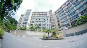 Apartamento En Ventaen Caracas, Lomas De Las Mercedes, Venezuela, VE RAH: 21-27464
