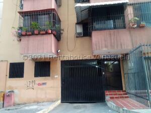 Apartamento En Ventaen Caracas, Parroquia Altagracia, Venezuela, VE RAH: 21-27439
