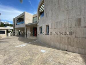 Casa En Ventaen Caracas, La Lagunita Country Club, Venezuela, VE RAH: 21-27447
