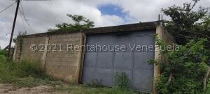 Terreno En Ventaen Cabudare, Parroquia José Gregorio, Venezuela, VE RAH: 21-27458