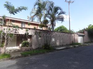 Casa En Ventaen Caracas, Terrazas Del Club Hipico, Venezuela, VE RAH: 21-27501
