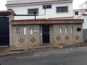 Casa En Ventaen Catia La Mar, La Colina De Catia La Mar, Venezuela, VE RAH: 21-27475