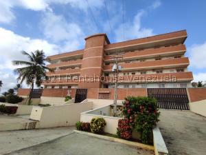 Apartamento En Ventaen Tucacas, Tucacas, Venezuela, VE RAH: 21-27488