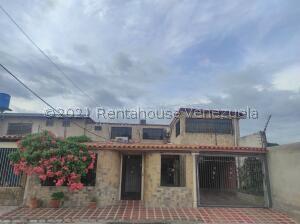 Casa En Ventaen Palo Negro, La Macarena I, Venezuela, VE RAH: 21-27500