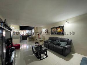 Casa En Ventaen Punto Fijo, Puerta Maraven, Venezuela, VE RAH: 21-27561