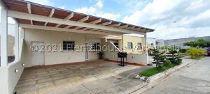 Casa En Ventaen Araure, Araure, Venezuela, VE RAH: 21-27580