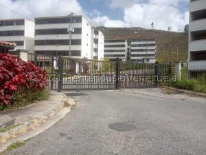 Apartamento En Ventaen Los Teques, El Solar De La Quinta, Venezuela, VE RAH: 21-27595