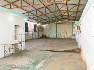 Galpon - Deposito En Ventaen Maracaibo, Los Haticos, Venezuela, VE RAH: 21-27605