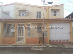Casa En Ventaen Cabudare, La Puerta, Venezuela, VE RAH: 21-27789