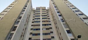 Apartamento En Ventaen Caracas, Parroquia La Candelaria, Venezuela, VE RAH: 21-27652