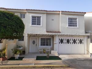 Townhouse En Ventaen Maracaibo, Amparo, Venezuela, VE RAH: 21-27625