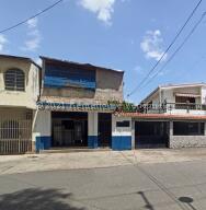 Local Comercial En Ventaen Cagua, Centro, Venezuela, VE RAH: 21-27657