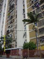 Apartamento En Ventaen Caracas, Parroquia San Jose, Venezuela, VE RAH: 21-27631