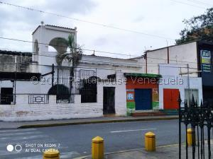 Local Comercial En Ventaen Barquisimeto, Parroquia Catedral, Venezuela, VE RAH: 21-27634