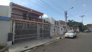 Casa En Ventaen Municipio San Diego, La Esmeralda, Venezuela, VE RAH: 21-27645