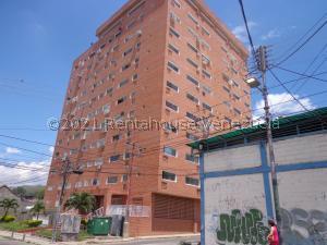 Apartamento En Ventaen La Victoria, El Recreo, Venezuela, VE RAH: 21-27672