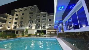 Apartamento En Ventaen Ciudad Ojeda, Avenida Vargas, Venezuela, VE RAH: 21-13140