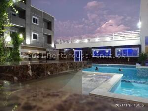 Apartamento En Ventaen Ciudad Ojeda, Avenida Vargas, Venezuela, VE RAH: 21-13134
