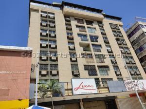 Apartamento En Ventaen Ciudad Ojeda, Centro, Venezuela, VE RAH: 21-27658