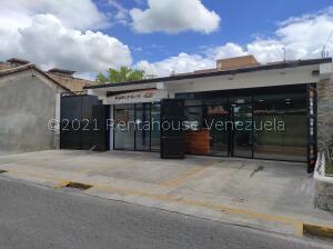 Casa En Ventaen San Joaquin, La Castellana, Venezuela, VE RAH: 21-27710