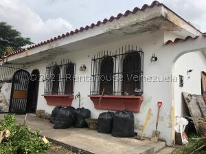 Casa En Ventaen Valencia, Trigal Norte, Venezuela, VE RAH: 21-27696