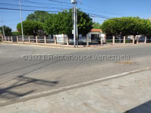 Casa En Ventaen Ciudad Ojeda, Piar, Venezuela, VE RAH: 21-27661