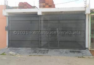 Casa En Ventaen Barquisimeto, Parroquia Juan De Villegas, Venezuela, VE RAH: 21-27933