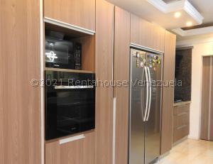 Apartamento En Ventaen Ciudad Ojeda, Calle Piar, Venezuela, VE RAH: 21-27722