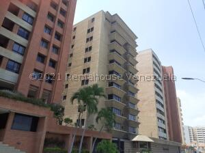 Apartamento En Ventaen Lecheria, Calle Arismendi, Venezuela, VE RAH: 21-27724
