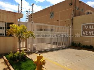 Townhouse En Ventaen Maracaibo, Canchancha, Venezuela, VE RAH: 21-27736