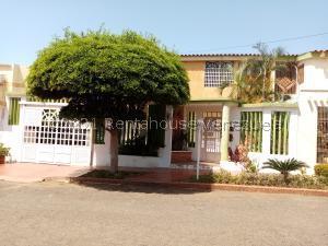 Casa En Ventaen Maracaibo, Circunvalacion Dos, Venezuela, VE RAH: 21-28080