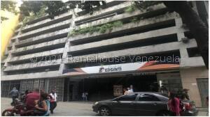 Local Comercial En Alquileren Caracas, Parroquia Catedral, Venezuela, VE RAH: 21-27785