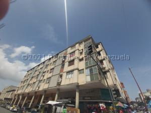 Apartamento En Ventaen Barquisimeto, Centro, Venezuela, VE RAH: 21-27810