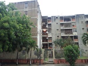 Apartamento En Ventaen Maracay, Parque Aragua, Venezuela, VE RAH: 21-27812