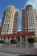 Apartamento En Alquileren Caracas, Colinas De Bello Monte, Venezuela, VE RAH: 21-27927