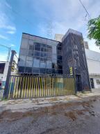 Local Comercial En Alquileren Caracas, Altamira Sur, Venezuela, VE RAH: 21-27818