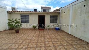Casa En Ventaen Cabudare, El Placer, Venezuela, VE RAH: 21-27887