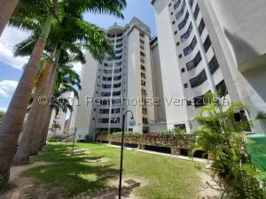 Apartamento En Ventaen Municipio Naguanagua, La Granja, Venezuela, VE RAH: 21-27825