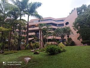 Apartamento En Alquileren Caracas, La Castellana, Venezuela, VE RAH: 21-27826