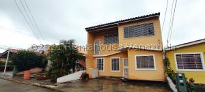 Casa En Ventaen Barquisimeto, Parroquia Tamaca, Venezuela, VE RAH: 21-27856