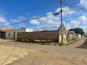 Terreno En Ventaen Pueblo Nuevo, Pueblo Nuevo, Venezuela, VE RAH: 21-27869